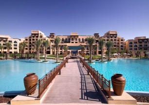 saadiyat rotana resort & villas - golf *****